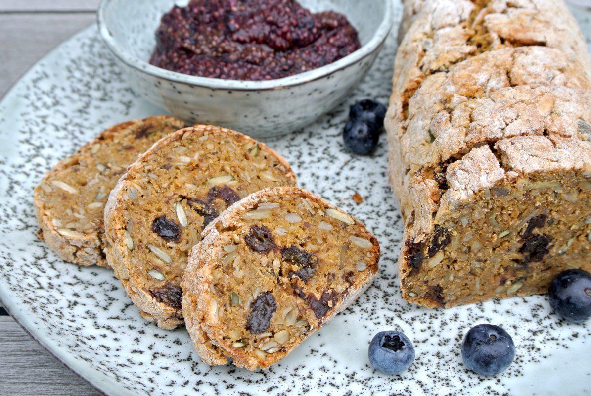 glutenvrij brood, zoete aardappel, boekweitmeel, boekweit, foodsoul, hemsley en hemsley, thermomix, thermomixrecepten, gezond ontbijt, chiajam