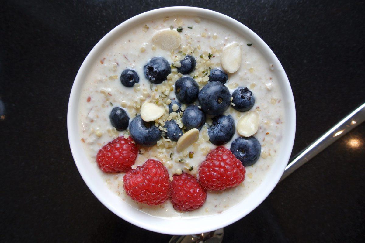 bircher muesli, thermomix, gezonde thermomix recepten, bircher muesli thermomix, healthy thermomix, thermomix recepten, havermout, ontbijt, gezond ontbijt, muesli, foodsoul, hormoonbalans, ontbijt