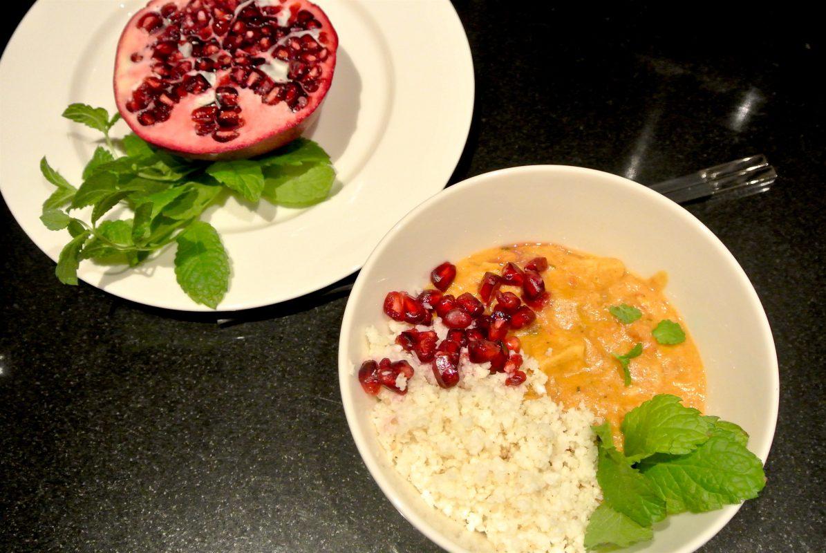 Foodsoul, Thermomix, Thermomix recepten, gezonde recepten, curry bowl, bloemkoolrijst, koolhydraatarm, bloemkool, curry, kip curry, kip kerrie, kerrie bowl