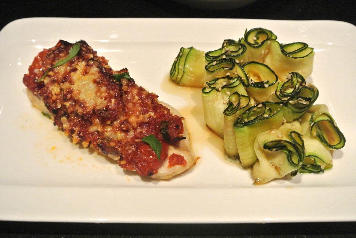 Thermomix, Foodsoul, Thermomix recepten, recepten voor de Thermomix, gezonde recepten, gezond, kip, tomaat, Italiaanse kip, gezonde recepten, gezonde voeding, recept voor kip, kipgerechten, courgette, courgetterolletjes