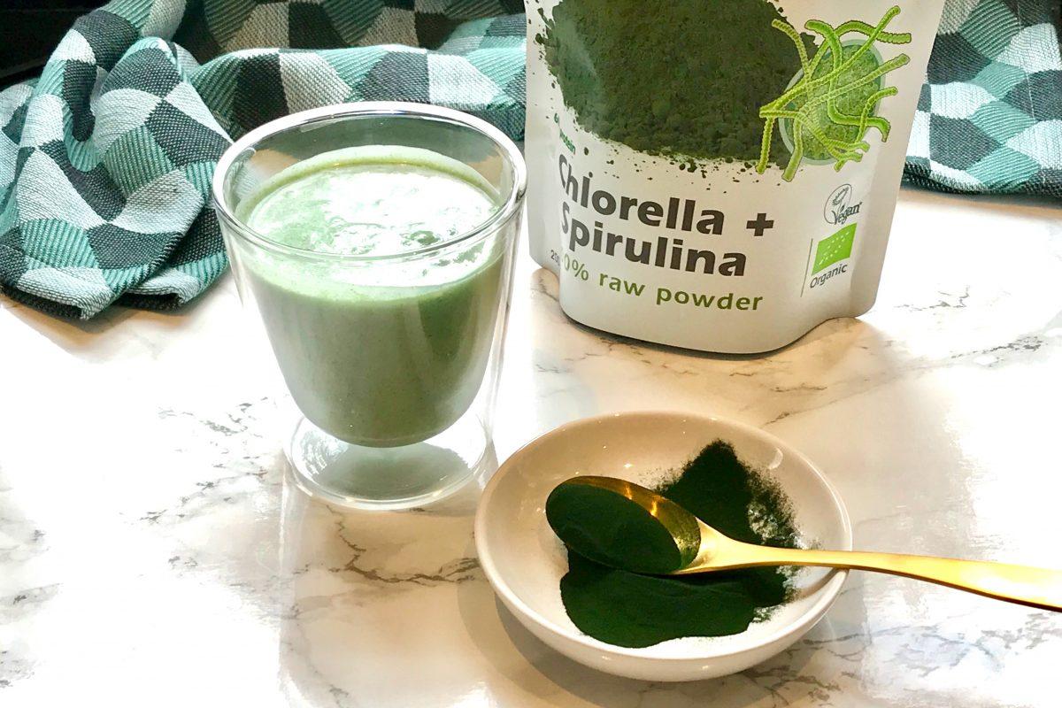 Foodsoul, Thermomix, TM6, groene smoothie, smoothie, spirulina, chlorella, ananas, kokosroom, ontgiften, hormoonbalans, smoothie Thermomix, gezonde recepten, gezonde recepten Thermomix